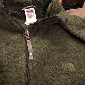 Men's Medium North Face Pullover SZ M Dark Green